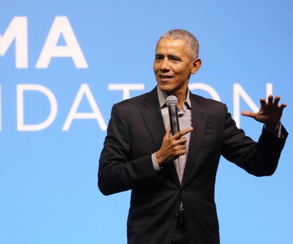 Barack Obama has said women make better leaders than men.
