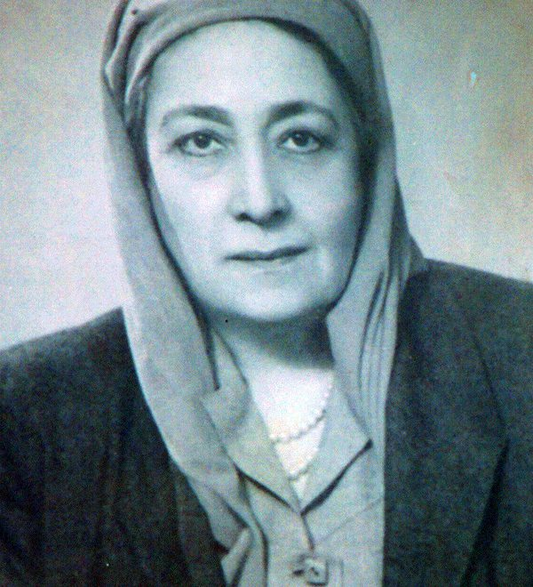The Story of Huda Shaarawi, Egypt's First Feminist