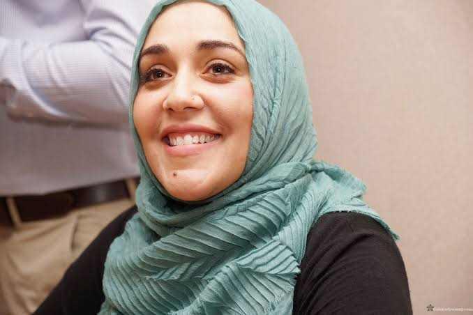 Biography of Yasmin Mogahed